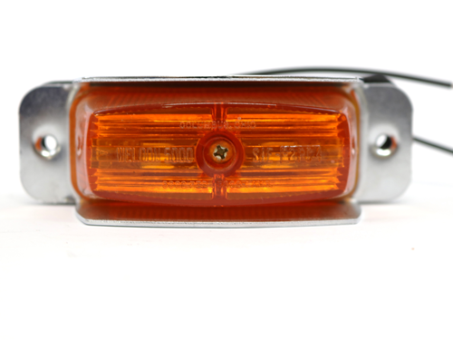 2.5100.1300 AMBER MARKER LIGHT WITH SHIELD INC.