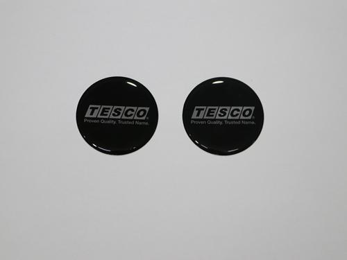 52001 WHEEL COVER EMBLEM, BLACK/SILVER