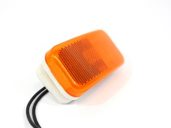 BE010560 LIGHT, FRONT CAP MARKER INC.